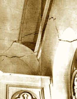 Zunehmende Risse in einer Kapelle - Salinarlösung im Keuper, die sich aus der Tiefe hochpaust. Bodenradar sieht die Erdfall-Bewegungen.